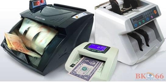 Máy đếm tiền cũ
